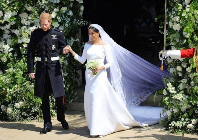 Как выглядели свадебные платья актрисы Меган Маркл