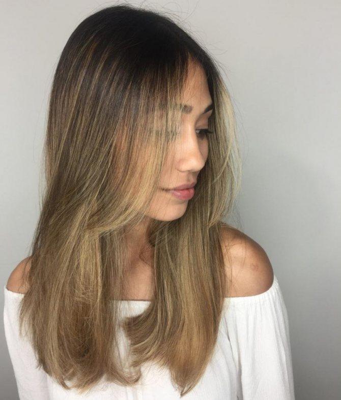 как вытягивать феном волосы