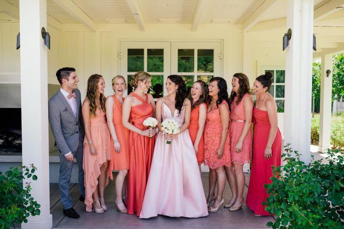 Какое платье надеть на свадьбу к подруге