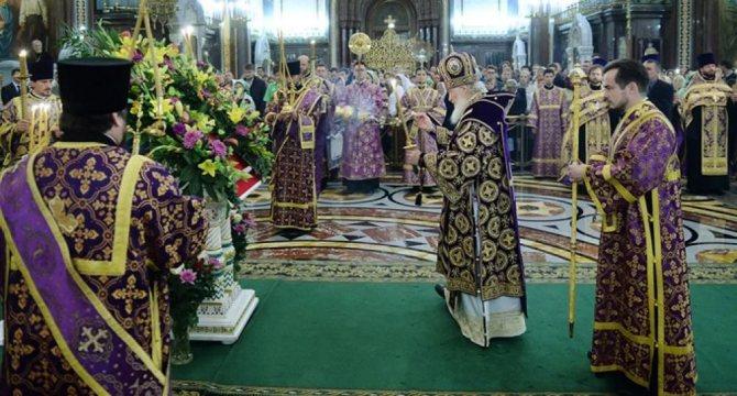 Какого цвета должен быть платок у женщин в церкви?, фото № 7