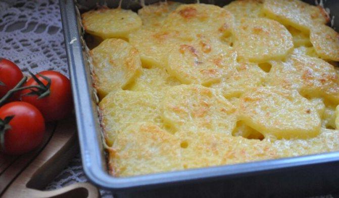 картошка в духовке с молоком и яйцами