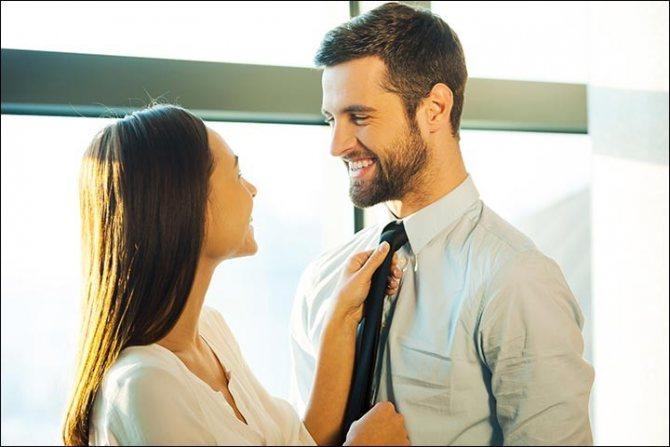 Комплименты делают мужчину счастливым
