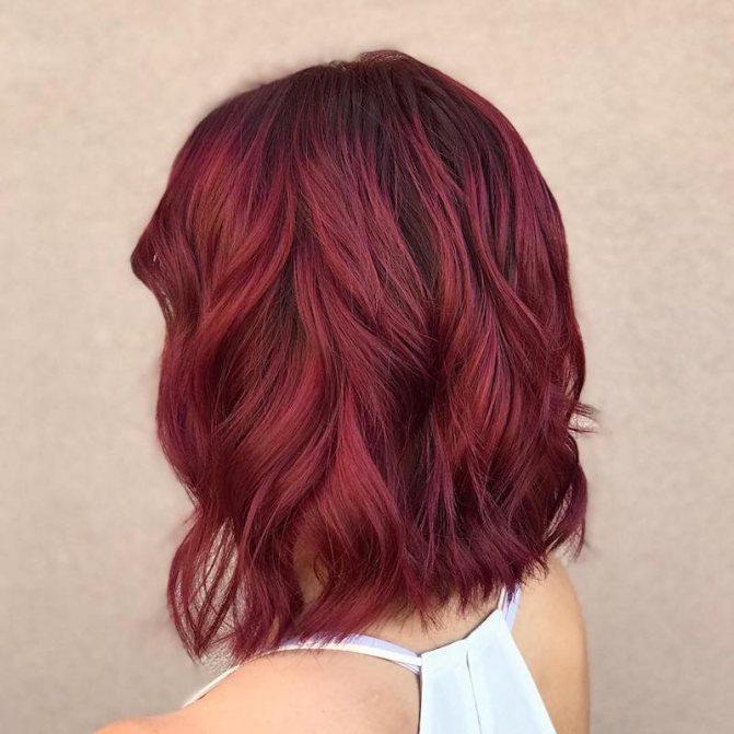 Коричнево бордовый волосы