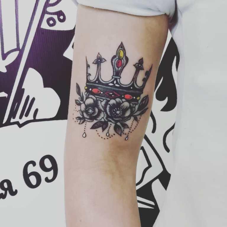 корона татуировка значение