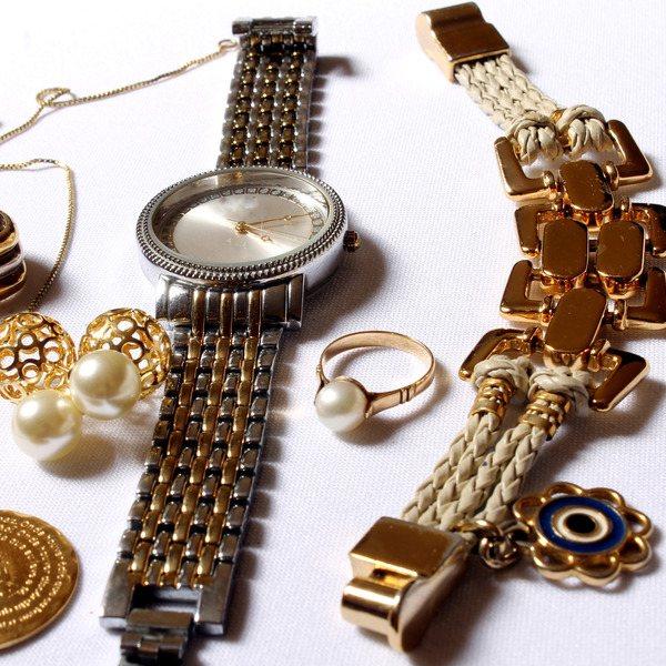 красивые наручные часы для женщины