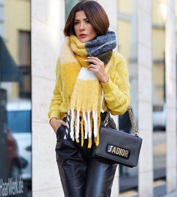 Красивые шарфы 2020-2021: как носить модные шарфы - фото-идеи