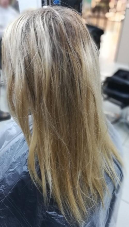 Красивые волосы - это признак красоты и женственности.