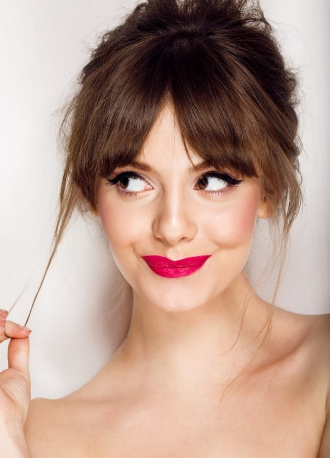 Красивый макияж на выпускной 2020-2021 года: фото, идеи, лучшие тренды