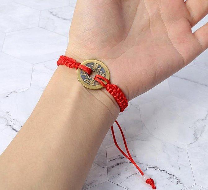 Красная нитка китайская