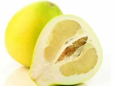Крепят или слабят мандарины, помело, апельсины: можно ли при запоре