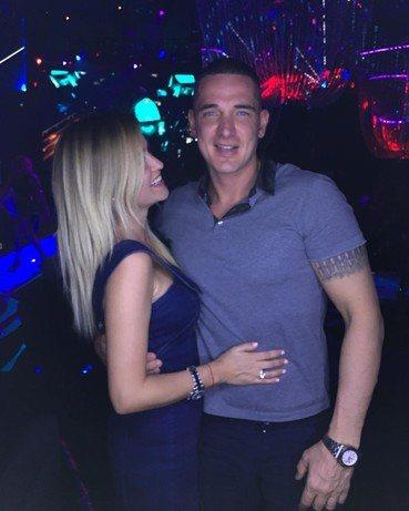 Ксения Бородина и Курбан Омаров решили отдохнуть и, оставив детей спать, отправились в ночной клуб