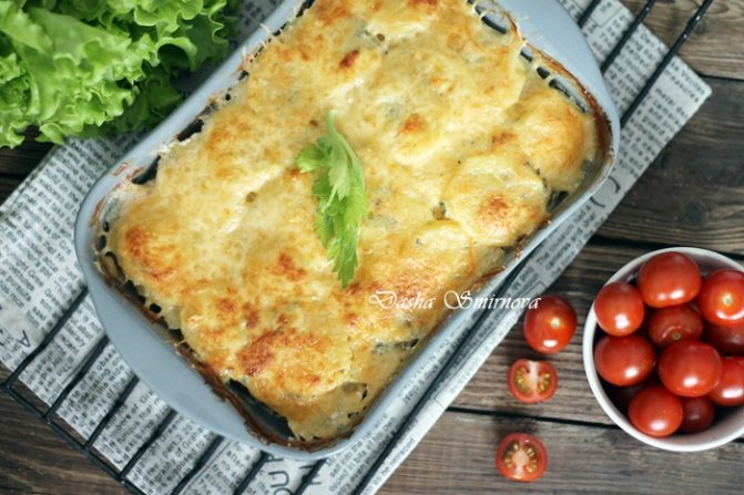 Куриное филе в духовке с картошкой и сыром