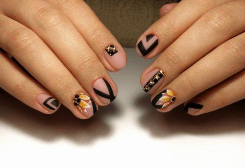 Лаконичный маникюр геометрия: фото новинки ногтей с фигурным орнаментом