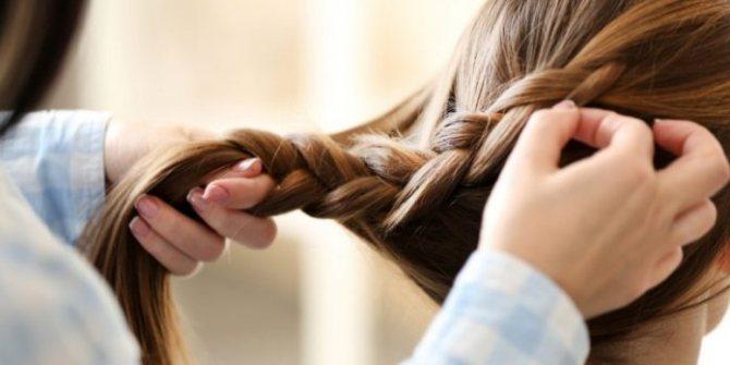 Легкие и красивые прически для девочек в школу