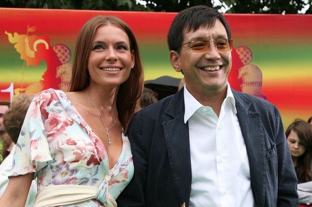 Любовь Толкалина и Егор Кончаловский перед церемонией открытия 31-го Московского Международного кинофестиваля.
