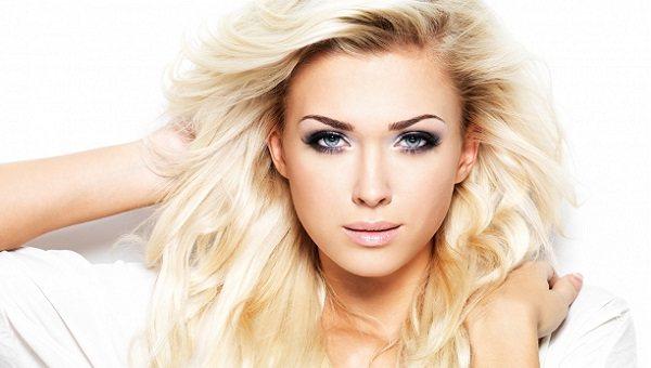 Макияж для голубоглазой блондинки