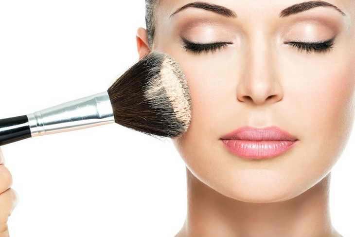 макияж для зеленоглазых брюнеток