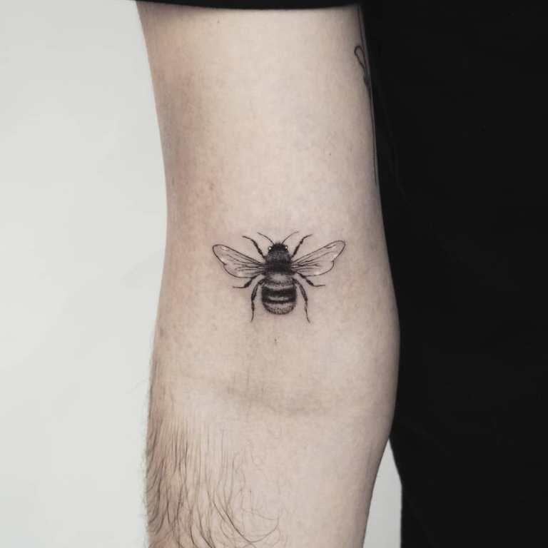 маленькие татуировки для мужчин