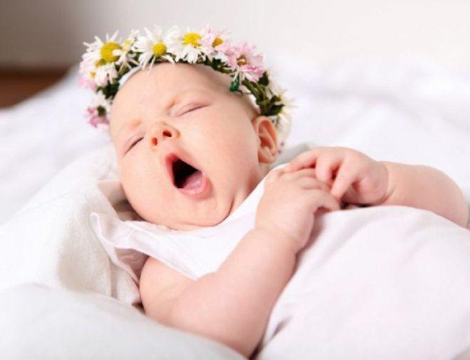 Малышка во сне