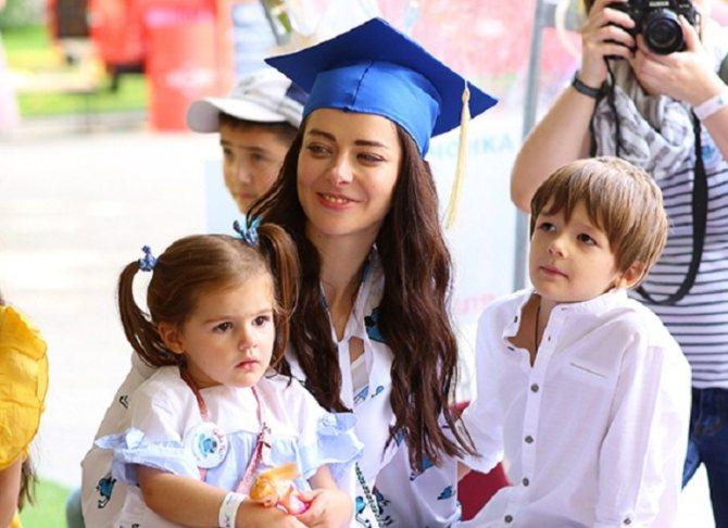 Марина александрова и дети