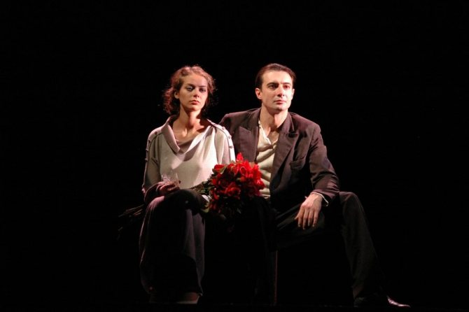 Марина Александрова на сцене театра