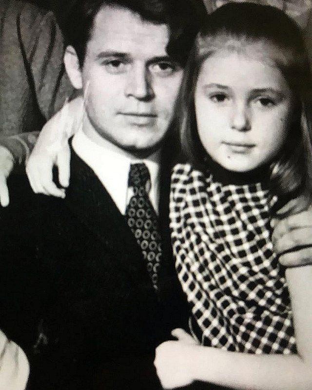 Мария Шукшина в детстве 2