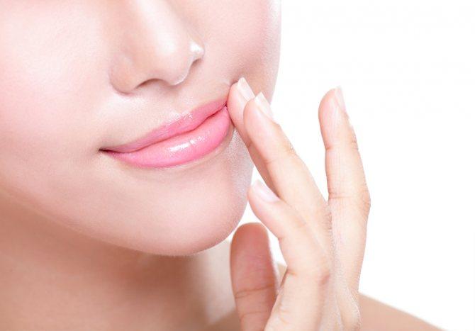 Маска для губ от шелушения