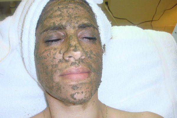 Маска из бодяги – средство для домашнего выравнивания кожи лица