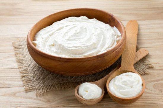 Маска с йогуртом подходит только для сухой кожи