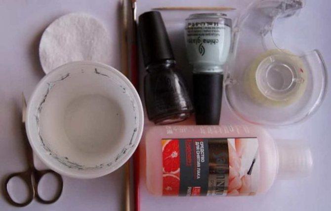 Материалы и инструменты для водного дизайна на ногтях