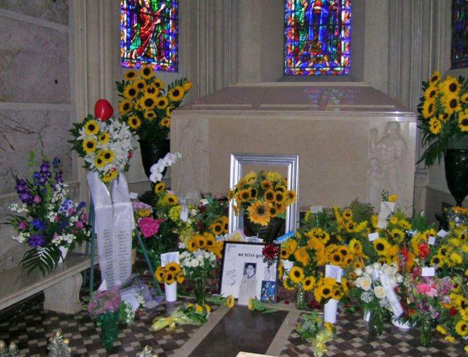Мавзолей и гробница Майкла Джексона