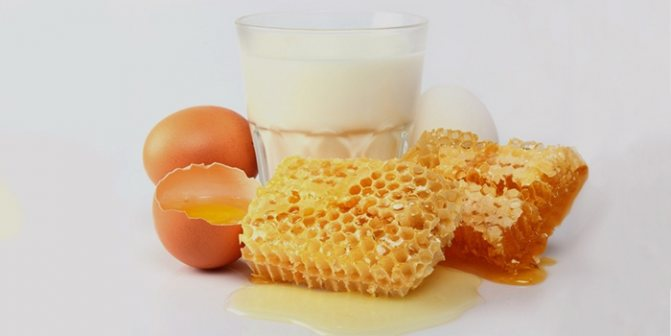 Мед, яйца и молоко