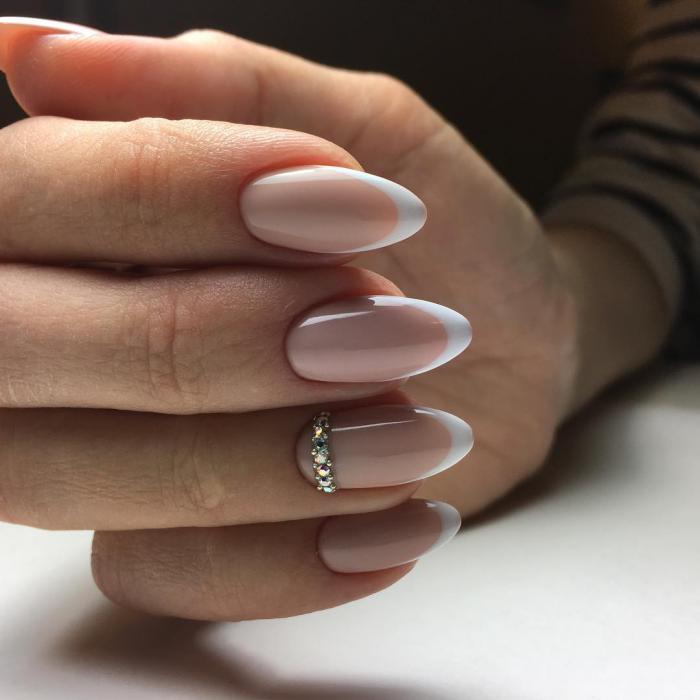 Миндалевидная форма ногтей: фото с дизайном френч