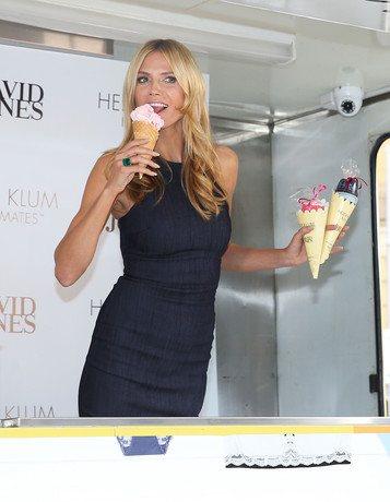 Модель признается, что обожает мороженое, но старается ограничивать себя