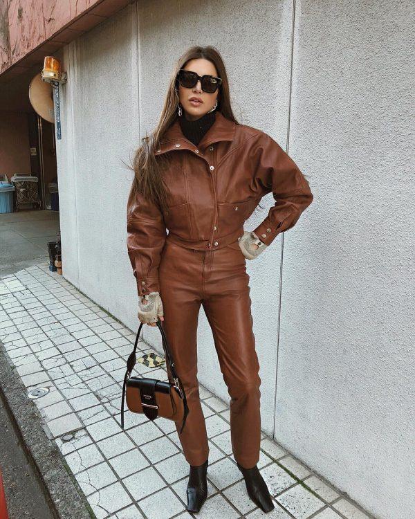 Модная женская кожаная одежда 2020-2021: трендовый обзор и стильные образы