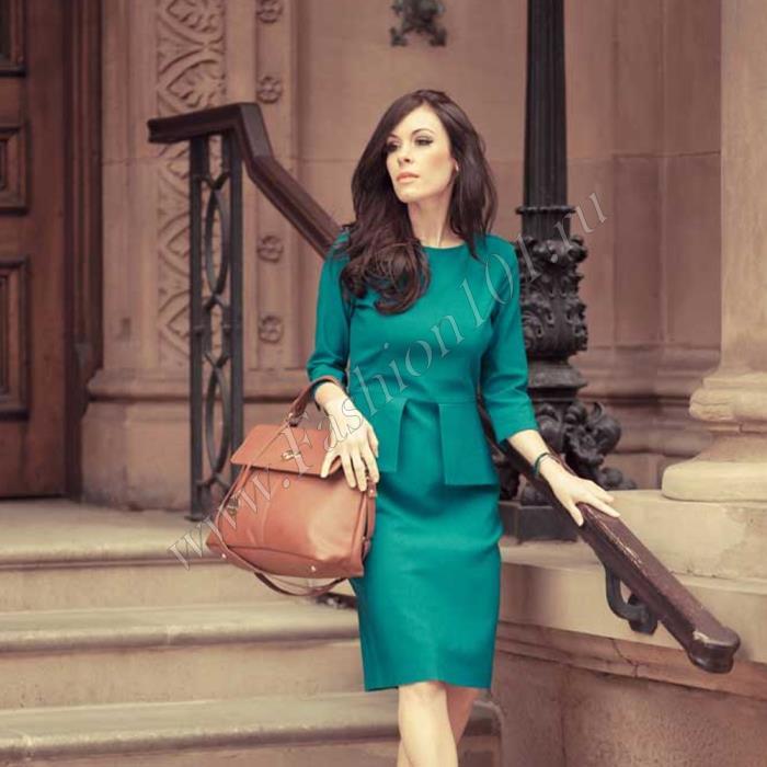 Модное офисное платье должно хорошо сидеть по фигуре