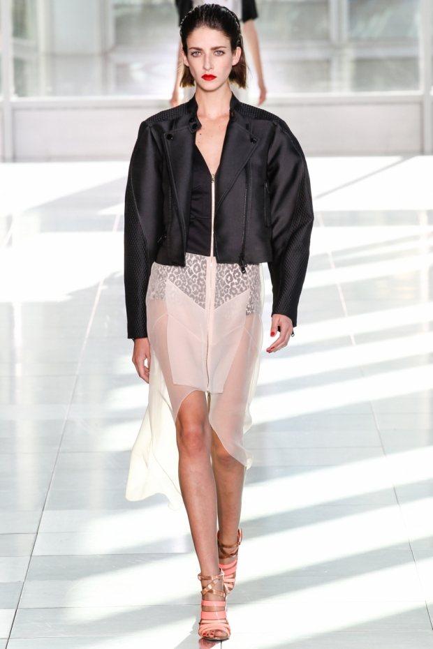 Модные куртки весна-лето 2020 modnye_kurtki_vesna-leto_2015_10.jpg