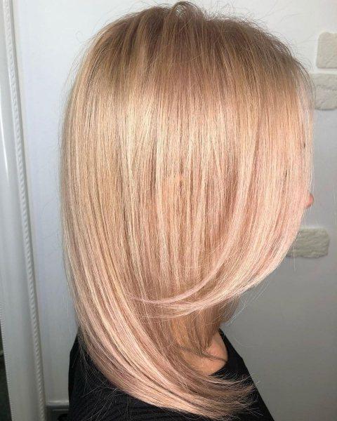 Модные оттенки волос, которые освежают лицо - фото №1