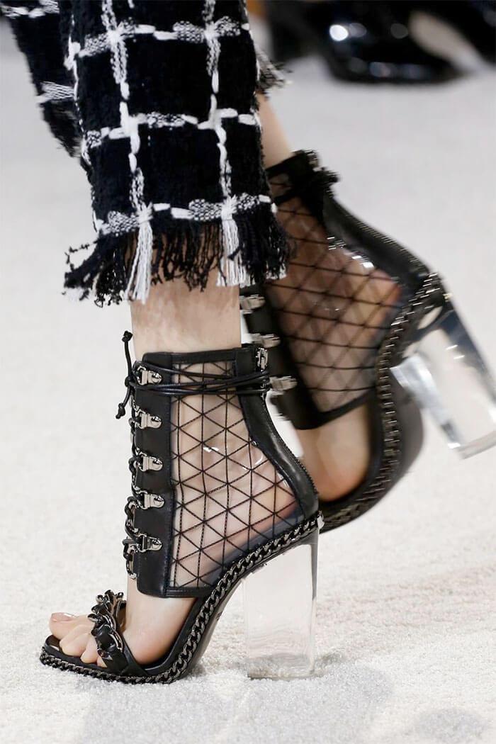 Модные женские туфли с прозрачным каблуком (Balmain)