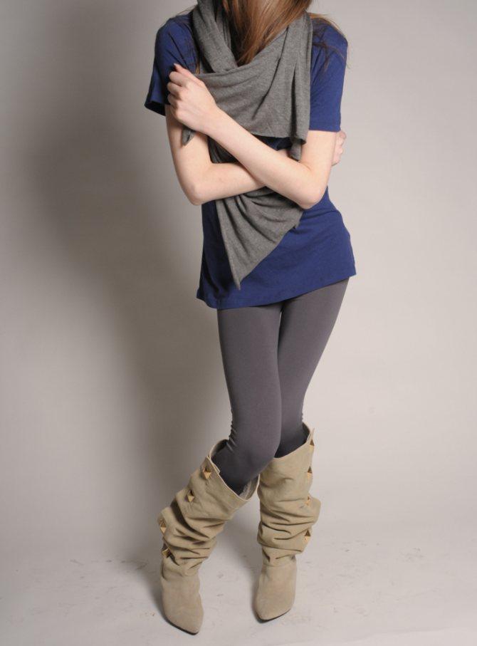 Можно носить и такие сапожки, для девушек с кривыми ногами это лучший вариант