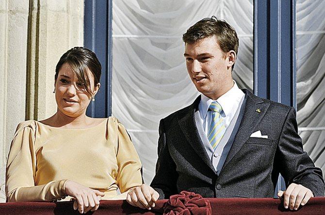На фото Себастьен - со старшей сестрой, 25-летней Александрой. Фото: Photonews via Getty Images