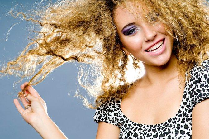 Несколько советов для обладательниц непослушных волос