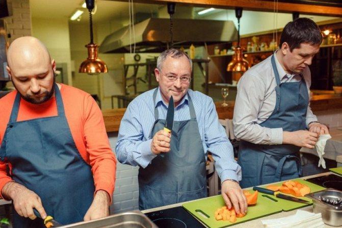 Обучение в кулинарной студии - отличный способ научиться готовить