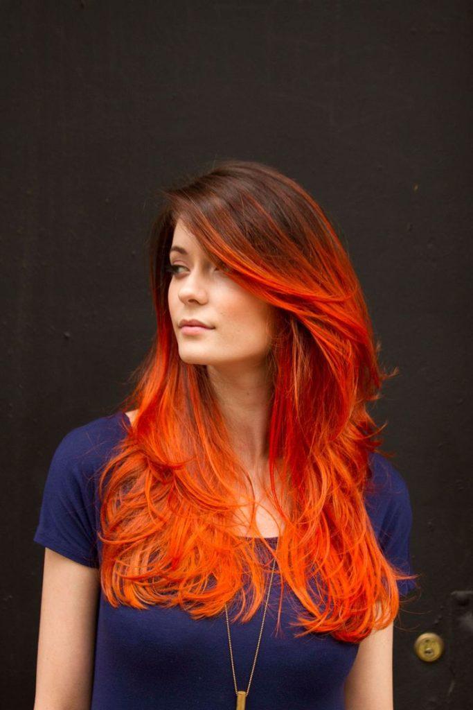 Огненное красно-рыжее омбре на темные волосы