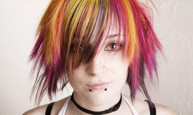Окрашивание волос гуашью