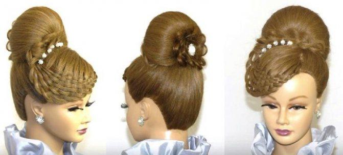 Оригинальная высокая причёска с плетёной чёлкой