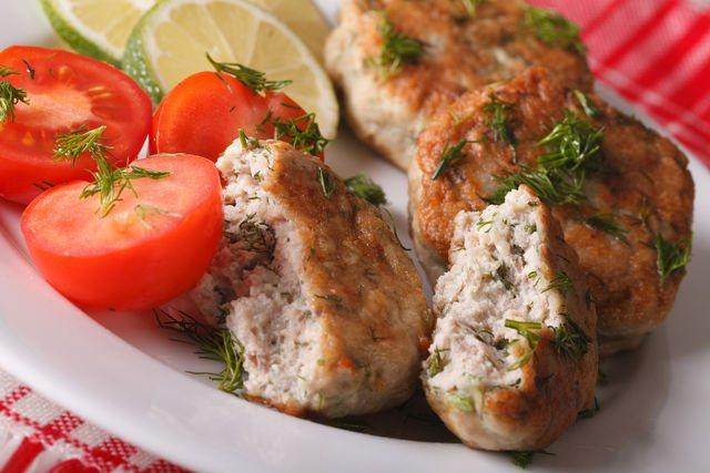 Отличный гарнир для рыбных котлет — картофель, овощи, рис и макароны