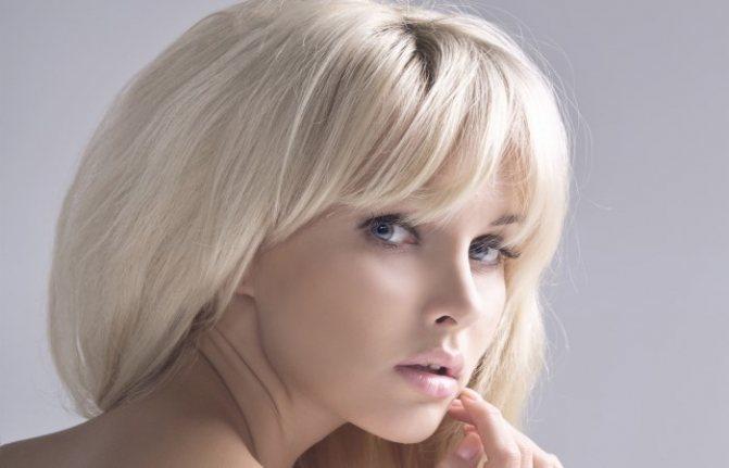 Оттенки блонд, вся палитра цветов: холодные, теплые тона, пепельный, карамельный на омбре, шатуш, балаяж