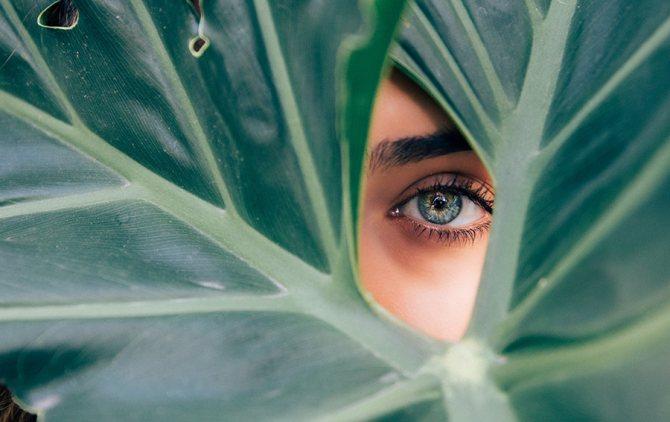 оттенок цвета глаз