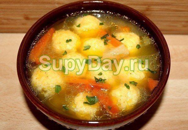 Овощной суп без мяса с клецками